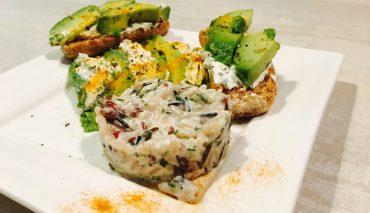 Avocat au curcuma et micro risotto à la ciboulette